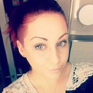 Amandine, 20 ans, propose ménage