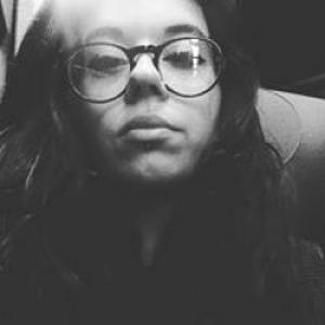 Adriana, 23 ans