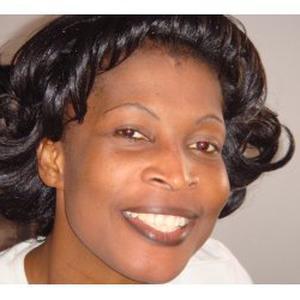 Justine, 40 ans aide aux personnes âgées