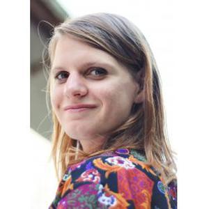 Jeune fille motivée et de confiance recherche emploi sur Angers