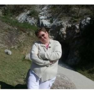 Katia, 46 ans, auxiliaire de vie