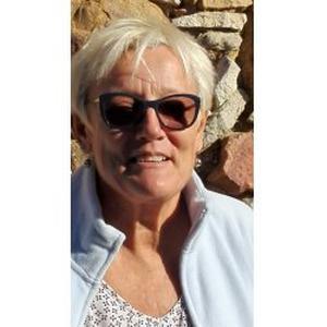 Odette, 60 ans propose d'aider les personnes âgées