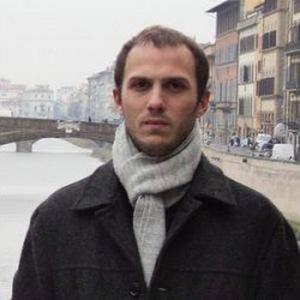 Luis Angel, 29 ans donne des cours d'espagnol