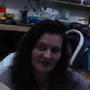 Isabelle, 43 ans, propose ménage