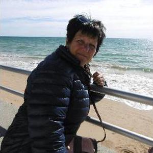 Carole, 57 ans, aide quotidienne pour personnes âgées
