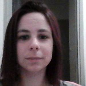 Celine, 27 ans aide ménagère