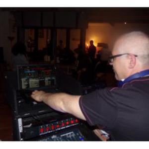 DJ animateur pour tout occasion