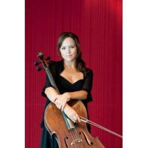 Natalie, 26 ans donne des cours de violon