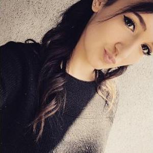 Chloé, 19 ans, Ménage à domicile à Saint-Etienne.