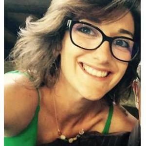 Ana, 37 ans donne des cours d'anglais