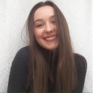 Soélie, 18 ans, babysitter à bourg en bresse (temps plein, partiel ou gardes occasionnelles)