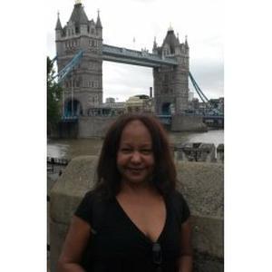 Mariette, 64 ans donne des cours d'anglais