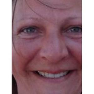 Je souhaite travailler dans l'accompagnement à la personne Catherine, 44 ans