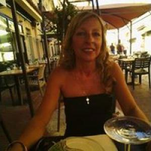 Jeannine, 54 ans aide à domicile