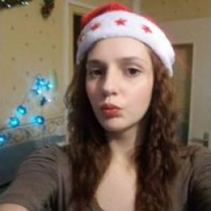 Dana, 20 ans baby-sitter avec expérience
