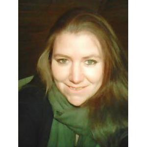 Melinda, 27 ans, livraison de courses à domicile