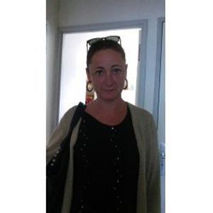 Carole, 42 ans, AMP diplômée, propose accompagnement de personnes âgées et/ou handicapées