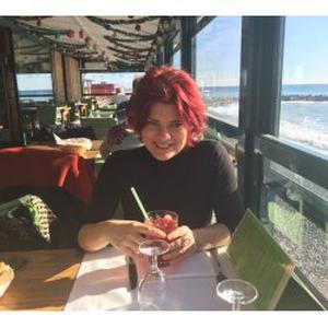 Céline , 47 ans, cours d'espagnol à Nice