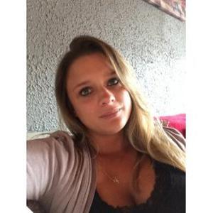 Emilie, 24 ans aide aux tâches ménagères