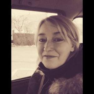 Christelle, 43 ans propose d'aider aux courses