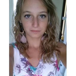 Marie, 21 ans, je propose des cours de SVT dans les alentours de Brignoles