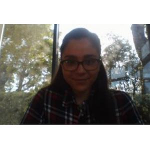 Gabrielle, 19 ans, aide aux tâches de ménage