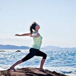 Nadine, professionnelle du bien-être, de la beauté et de la forme, vous propose différentes techniques de massage anti-stress et deep tissu
