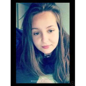 Amandine , 19 ans propose ses services