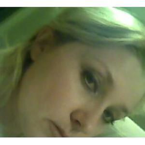 Svetlana, 48 ans propose tout type de massages