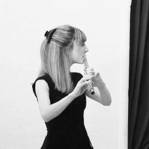 Prof diplômée et dynamique donne cours de flûte traversière et de solfège à Marseille