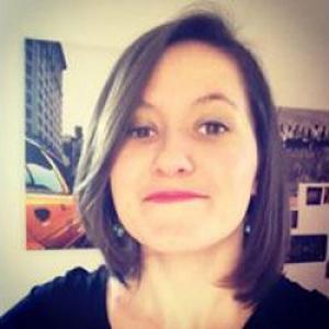 Margot, 23 ans, titulaire d'une licence de langues étrangères et un master commerce internationale