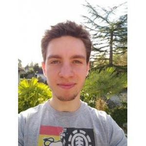 Mathieu, 20 ans, propose du soutien en mathématiques