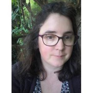 Céline, 39 ans à l'écoute patiente compréhensive et attentive