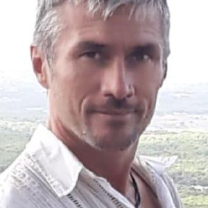 Pierre, 51 ans, majordome