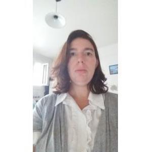 Sandra, 44 ans recherche des heures de ménage