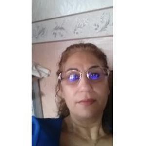 leila, 50 ans