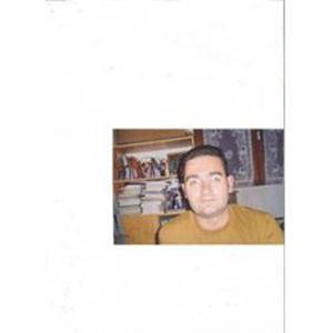 Sébastien, 40 ans, professeur d'anglais en cours particulier auprès de collégien(ne)s et lycéen(ne)s.
