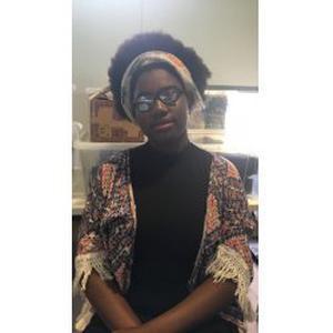 Chynness, 16 ans recherche des enfants à garder