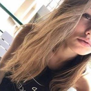 Léa , 18 ans