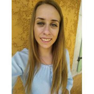 Sara, 18 ans, baby-sitter