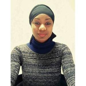 Assa, 22 ans  cherche un emploi d'auxiliaire de vie