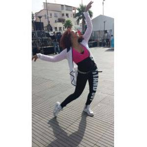 Ochun, 31 ans donne des cours de danse