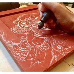 Ibrahim, 28 ans donne des cours de dessin