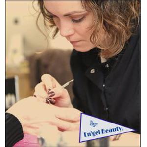Esthéticienne à domicile (Manucure, Maquillage, Massages, Soins du visage, Epilations, Ateliers bien être)