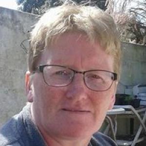 Valerie, 49 ans, propose aide aux personnes âgées