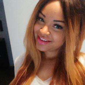 Prisca, 24 ans cherche un poste d'auxiliaire de vie