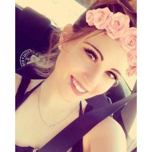 Berenice, 22 ans - ménagère Fiable - agréable - adaptable - souriante