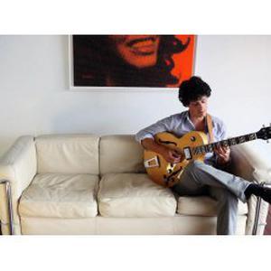 Cours de guitare à domicile 92 / 78