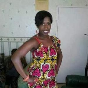 Maimouna, 35 ans aide aux personnes âgées