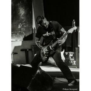 Cours de guitare, basse, batterie